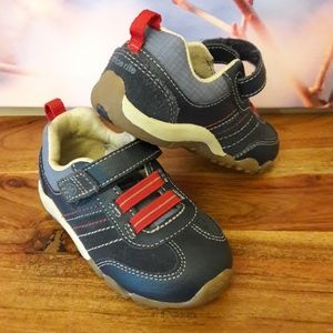 Stride Rite Prescott Leather Suede Toddler Sneaker